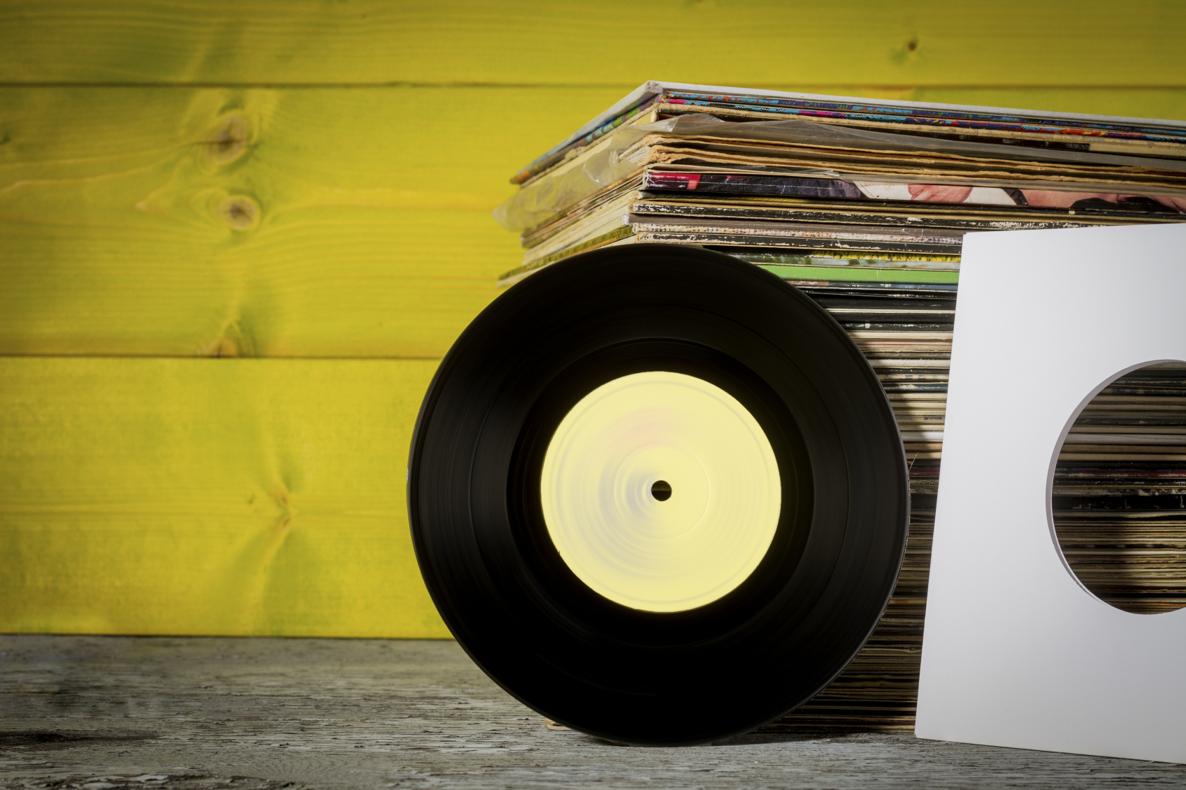 How This Online Vinyl Store Uses A Chat Bot To Sell Records