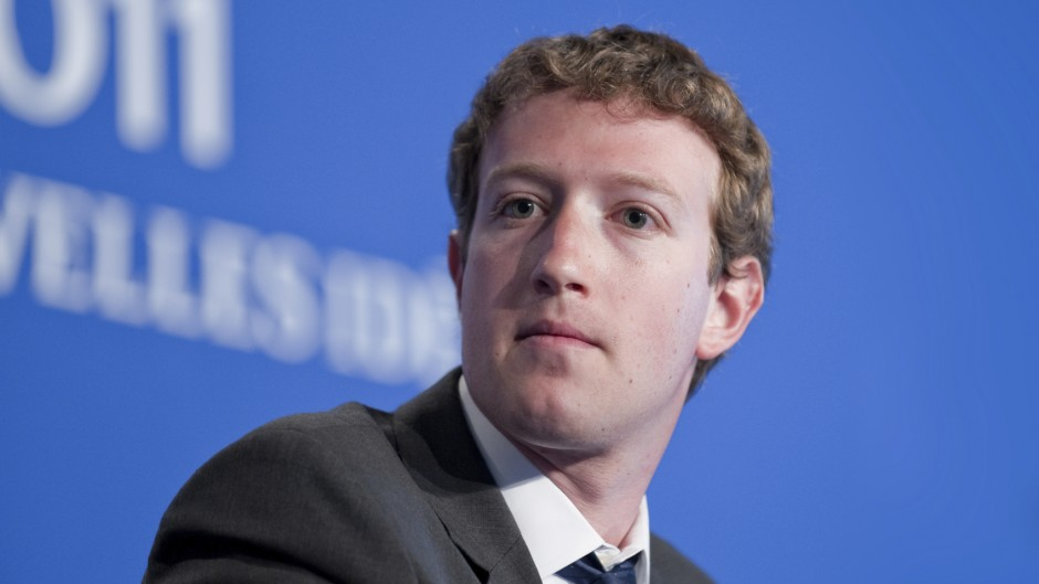 Facebook Zuckerberg - iStock_000038006674_Medium
